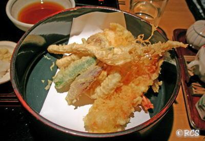 東京のお蕎麦屋さんで出された天ぷら
