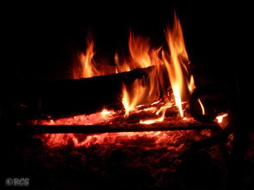 今朝、私が眺めた暖炉の火