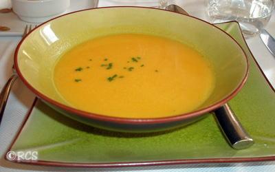 カボチャとクリのスープ