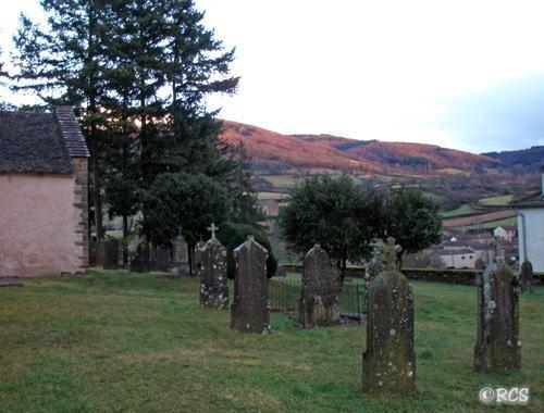 サン・ポワン村の墓地