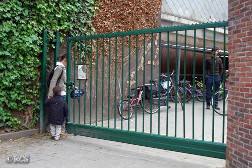 ベルギーの学校の入り口