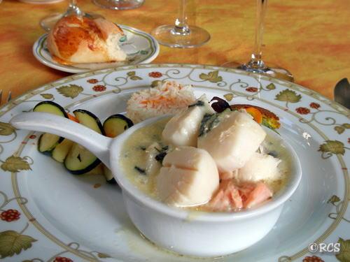 海の幸のメイン料理