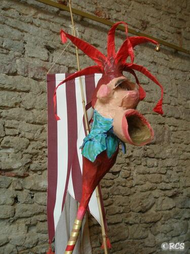 カーニバルにつきものの人形