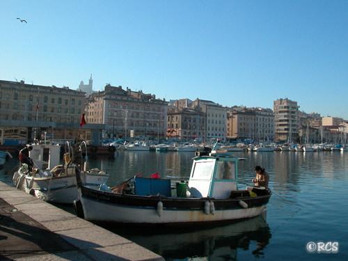 マルセイユの港